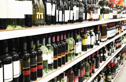 Rayon de bouteilles de vins